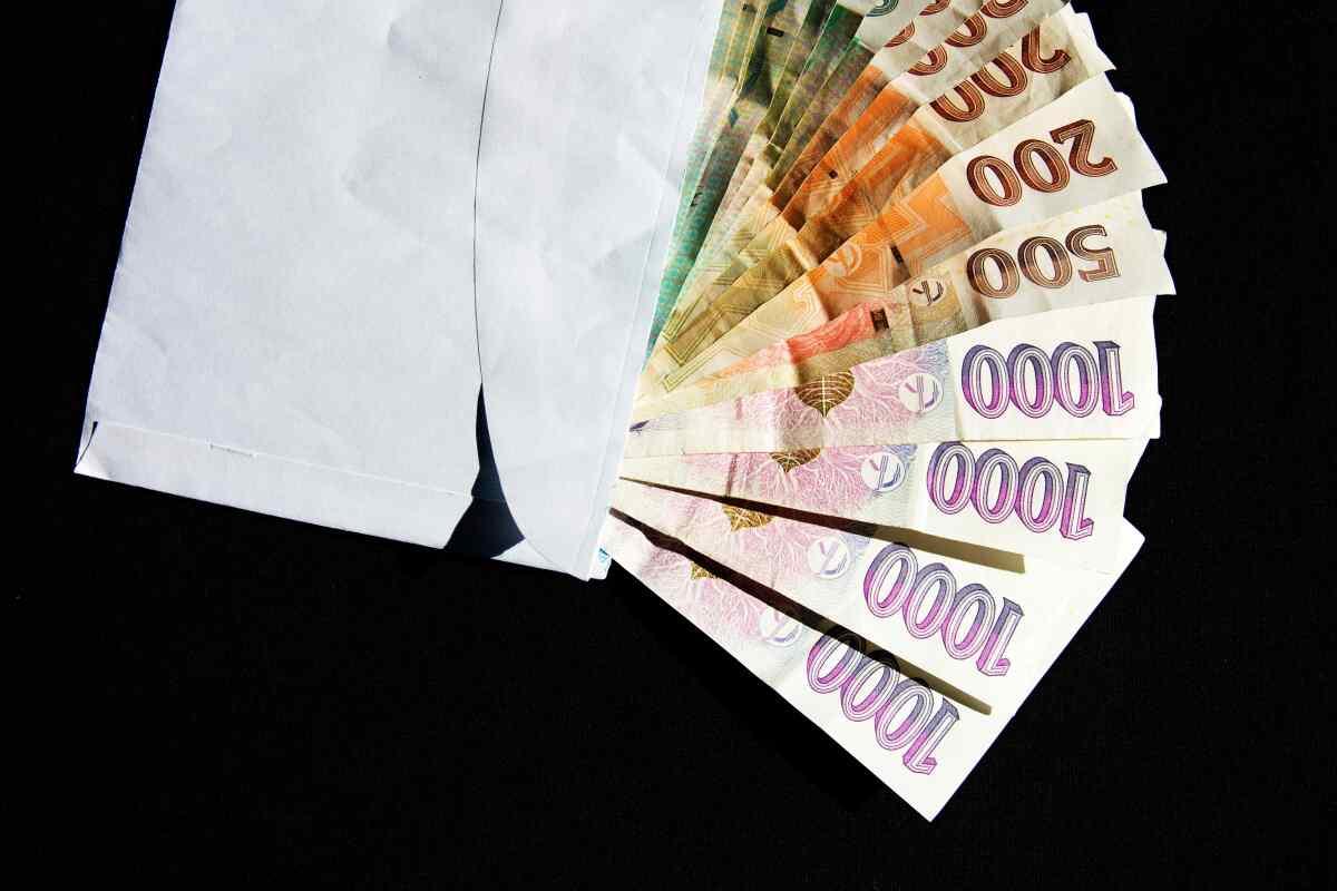 Naše nebankovní rychlá půjčka totiž umožnuje dostat peníze v hotovosti, i v sobotu nebo v neděli.