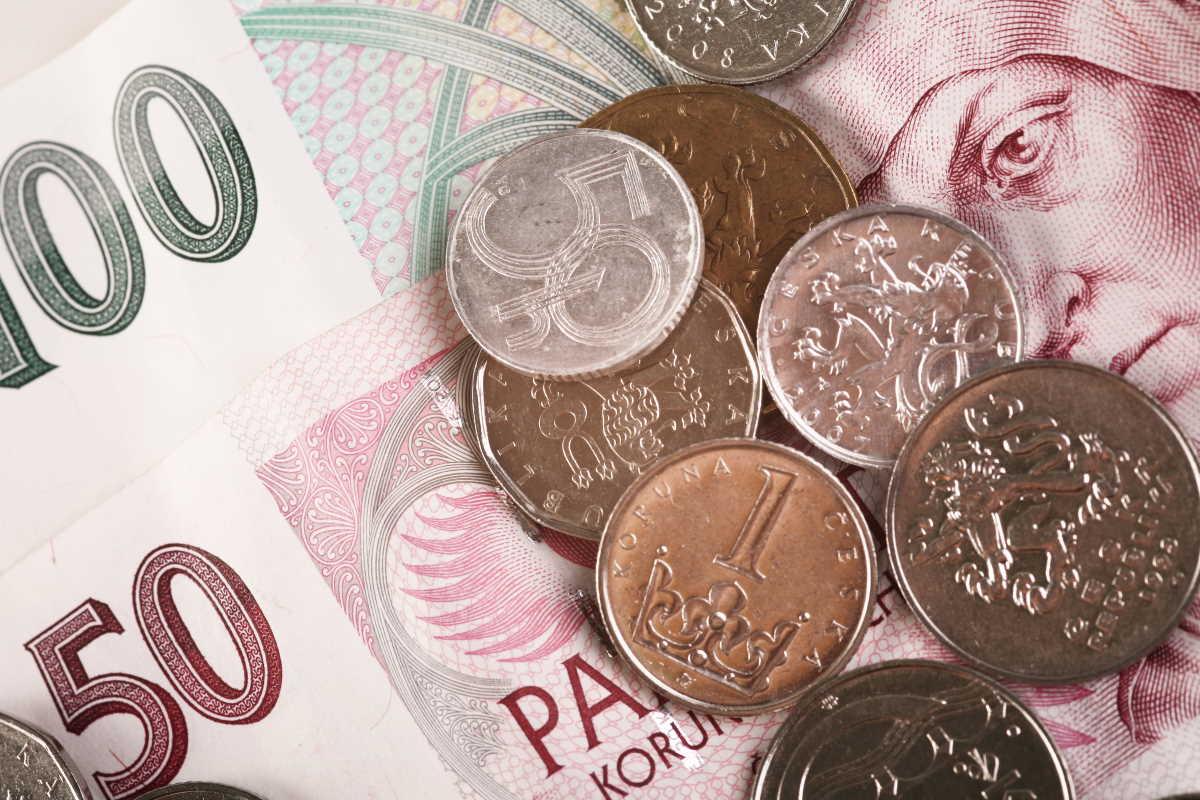 Půjčka na směnku v hotovosti je určena všem, kdo žijí ve městě Praha. Můžete zde dostat peníze velmi rychle. Klidně ještě dnes, v hotovosti na ruku. U půjčky do 500 000 Kč, je to bez zástavy a bez ručitele. Je to bez potvrzení o příjmu ze zaměstnání, i pro nezaměstnané nebo lidi v exekuci.